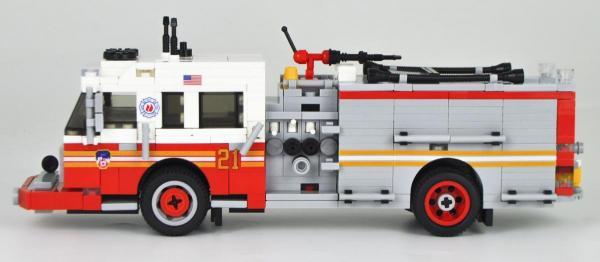 BlueBrixx BlueBrixx US Fire truck Spartan ERV Pumper Version 3 red