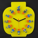 FiguClock yellow head for 12 of your LEGO® figures for the wall